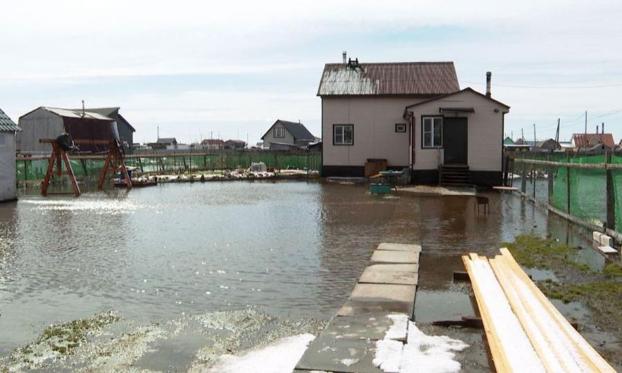 Штормовой ветер вАрхангельске стал причиной подтопления внескольких районах областной столицы