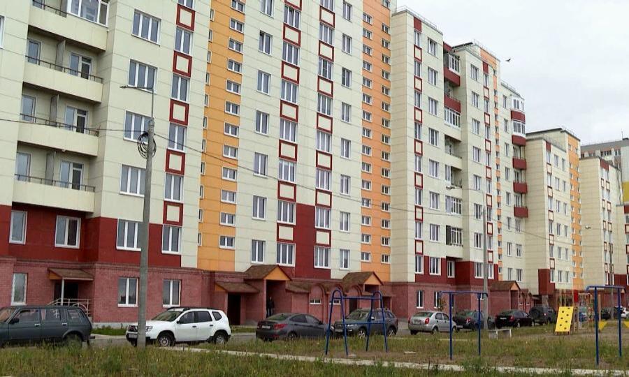 В Северодвинске дольщики проблемного долгостроя получили ключи от своих долгожданных квартир